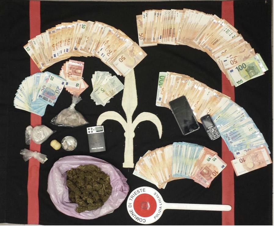2 arresti a Opicina; sequestrati 330 g di eroina, 200 g di marijuana e 20 mila euro in banconote